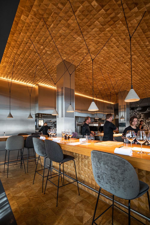 Currant Magazine Restaurant 212 Amsterdam Interior