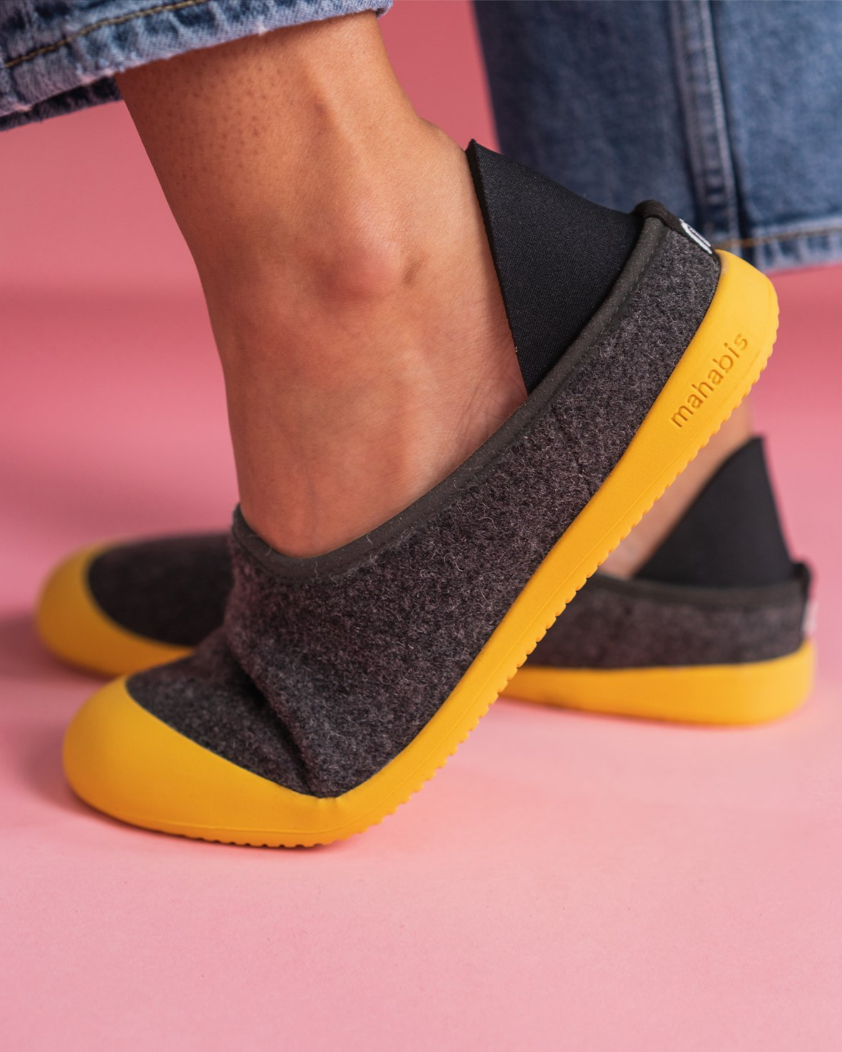 Mahabis Curve Slipper