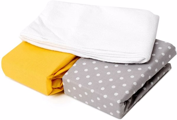 set de 2 sábanas bajeras + un protector de colchón