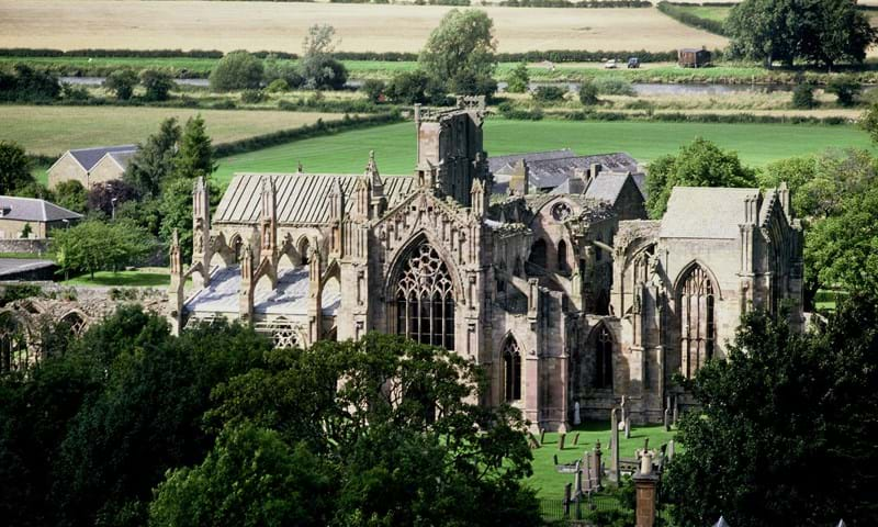Discovering the Melrose Abbey