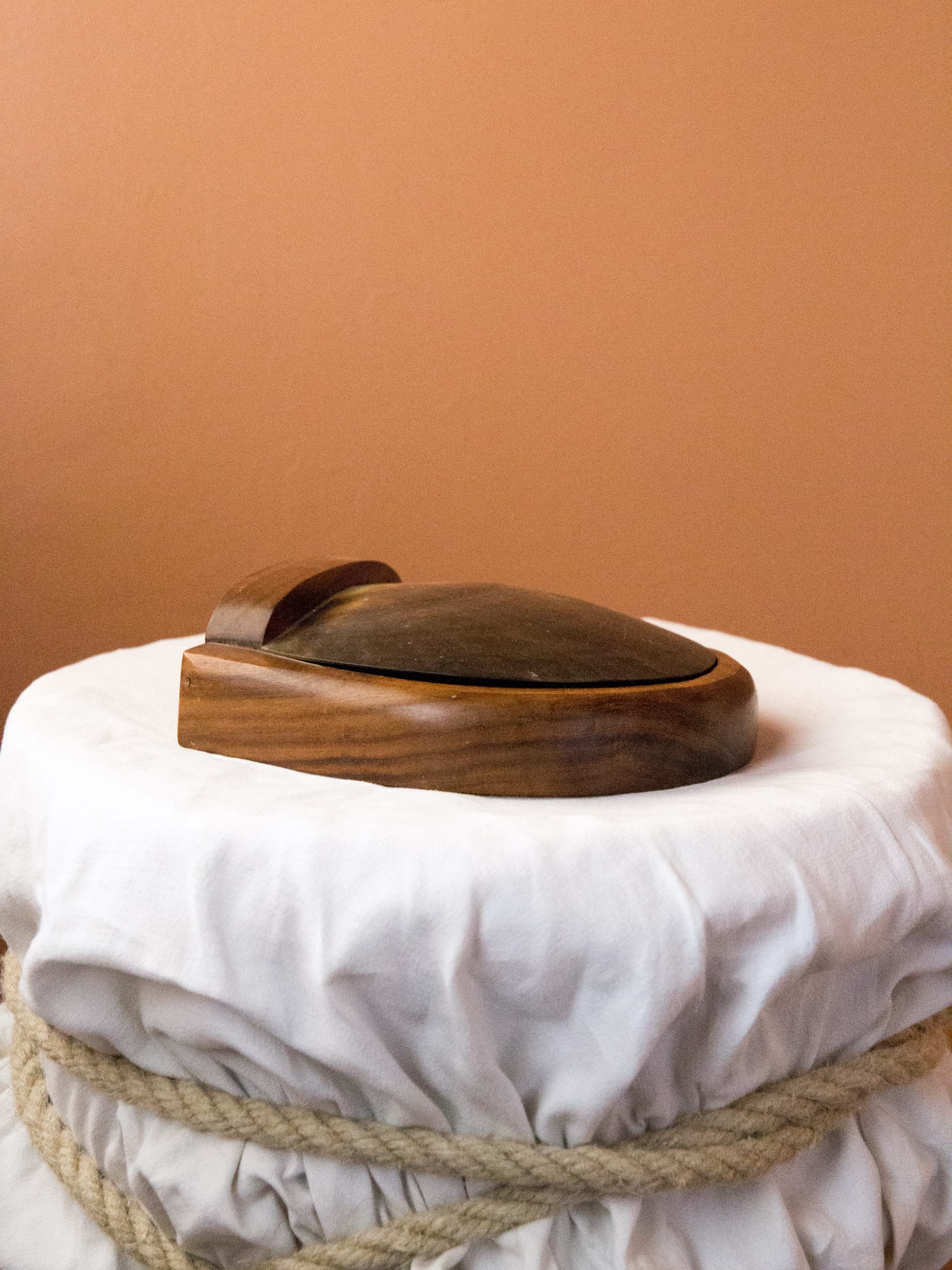 Wood & shell trinket box, 50's