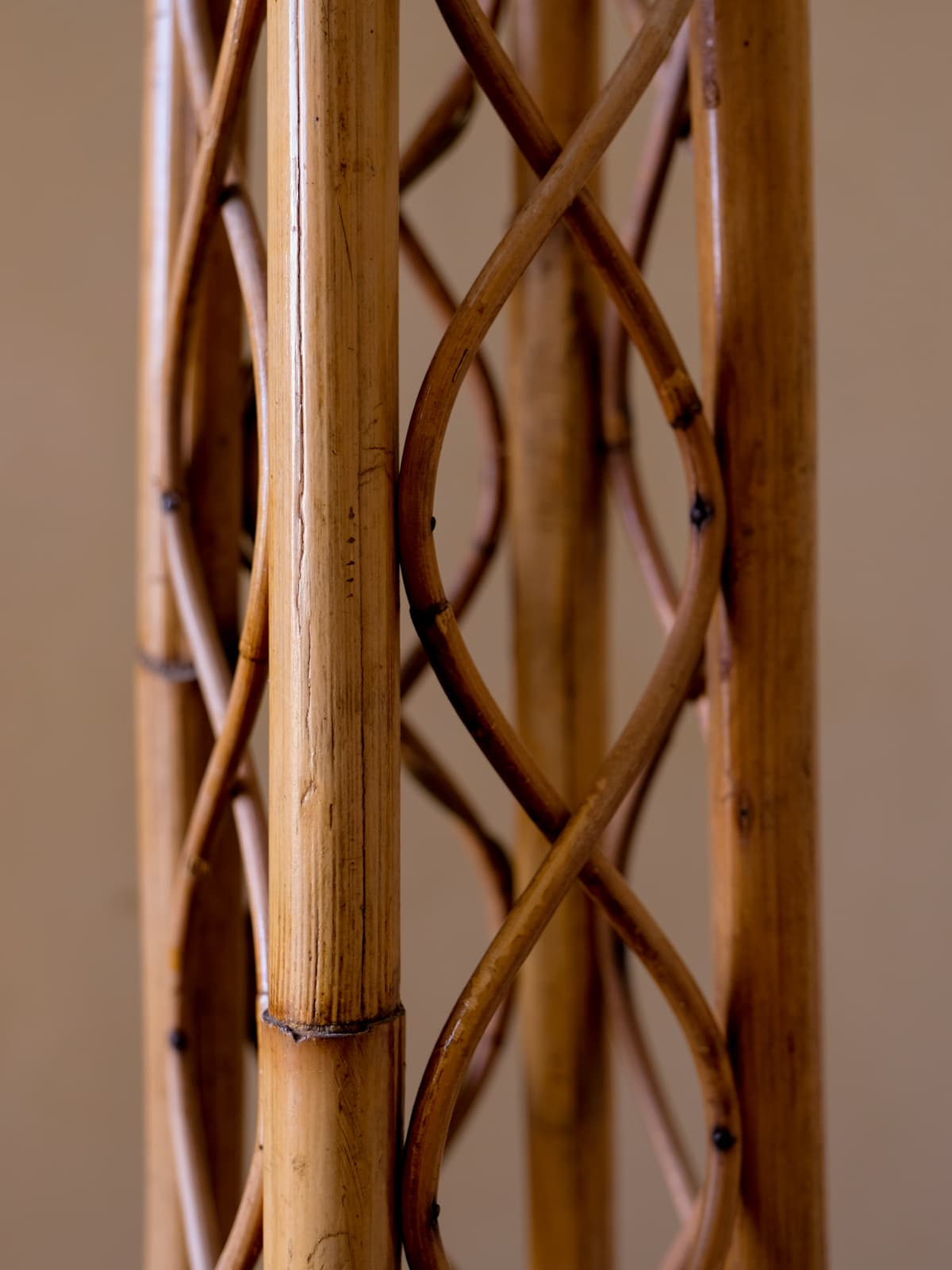 Bulrush & wicker floor lamp, 60's