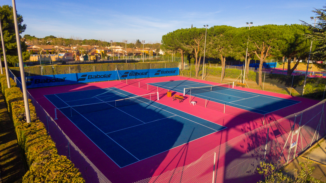 Tennis academy located in the seaside resort of Cap d'Agde