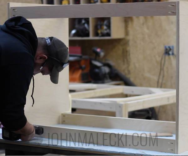 Table Saw Outfeed Table Step-9