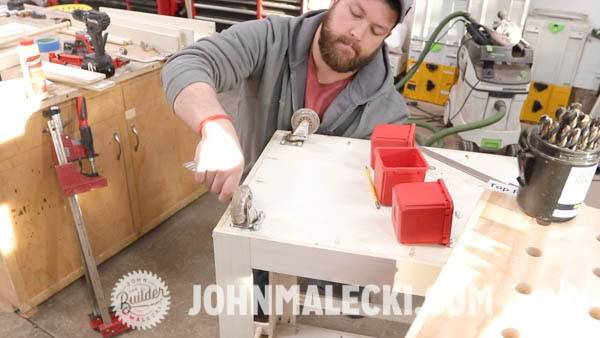 John malecki puts castors on the bottom of the DIY cart