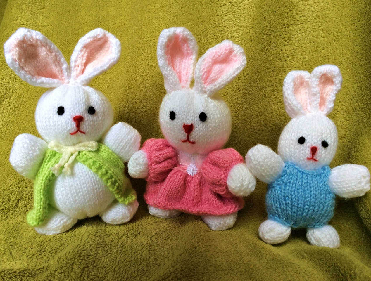 SOLD! The bunny family and baby bunny brothers have gone to their new warren this autumn!