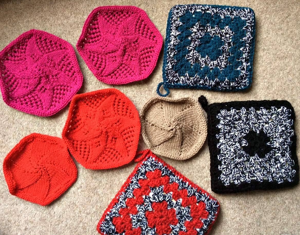 Crochet home accessories - coasters and oven mitts