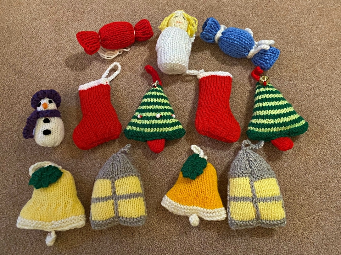 SALE! Knitted Christmas decorations -  you can have the nattiest eco-tree in town!