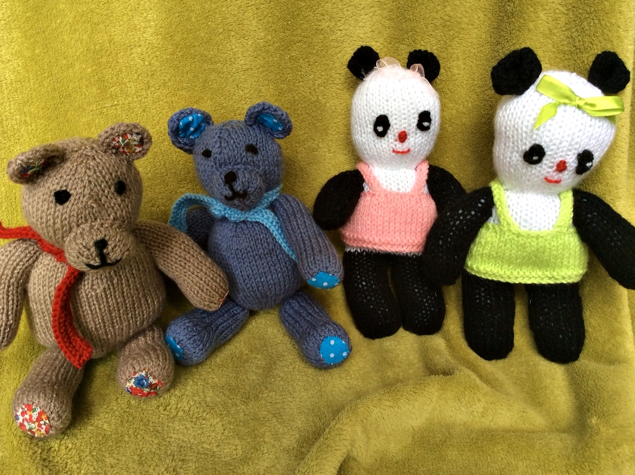 Irresistible: pretty pandas and trendy teds