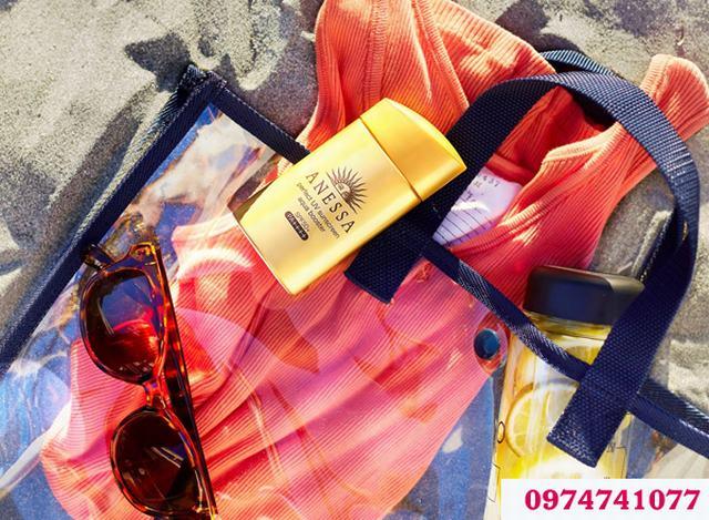 Anesa là kem chống nắng được phần đông người đi biển lựa chọn