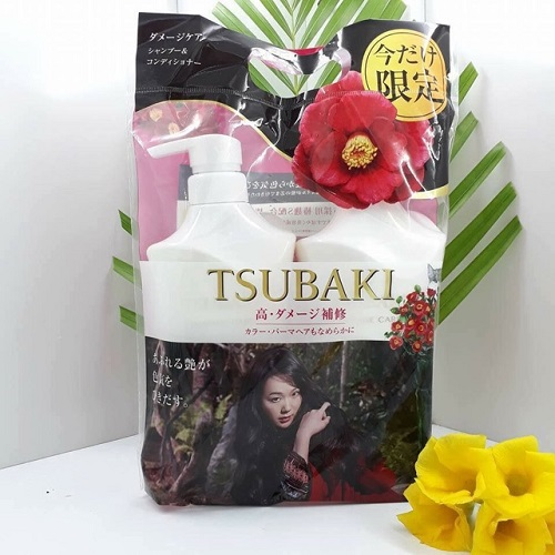 Dầu gội Tsubaki màu trắng