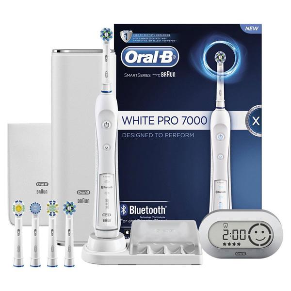 Bàn chải điện đánh răng Oral-B Braun7000