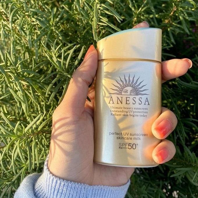 Gợi ý loại kem chống nắng Anessa cho da dầu