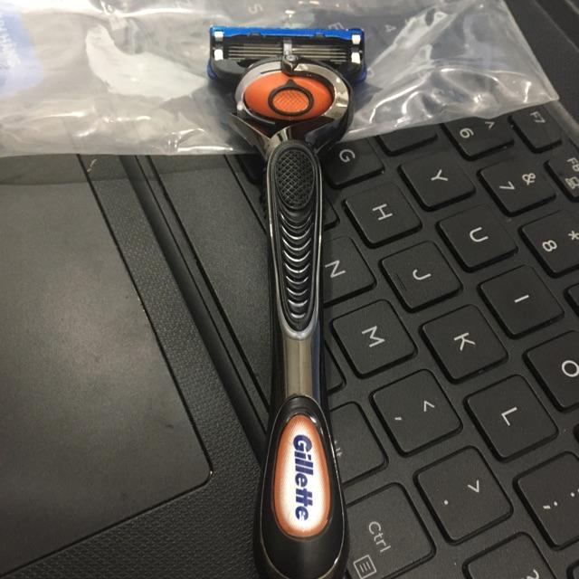 Dao cạo râu Gillette Fusion