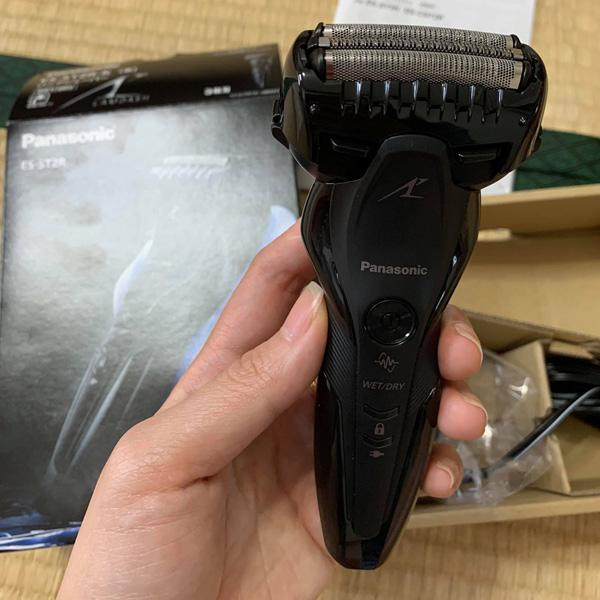 Máy cạo râu Panasonic ES-ST2R