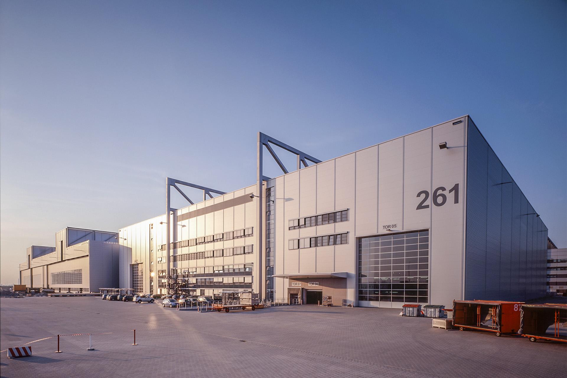 Airbus Halle 261