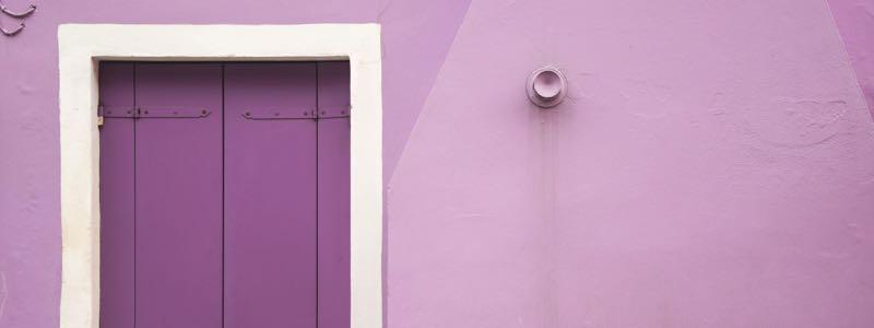 Fenêtre violette