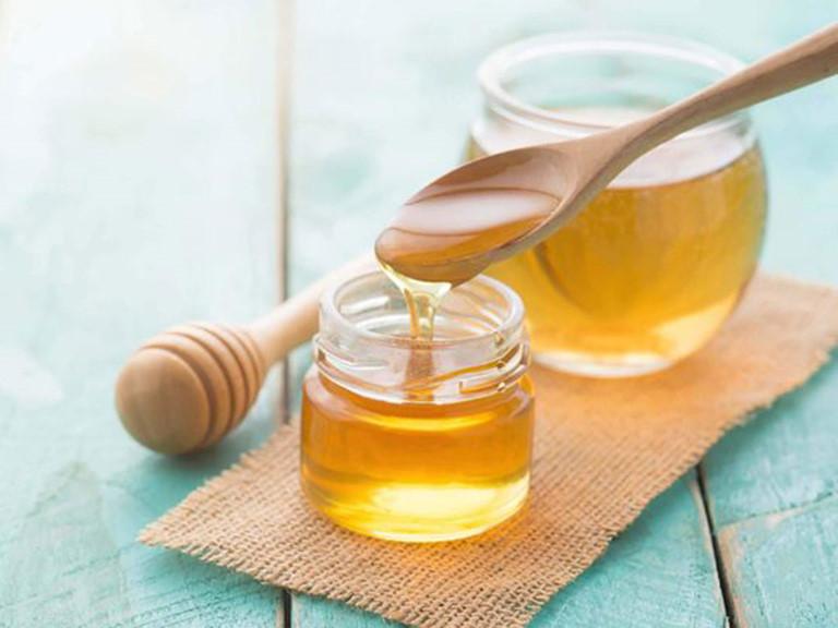 trị sưng lợi răng hàm bằng mật ong