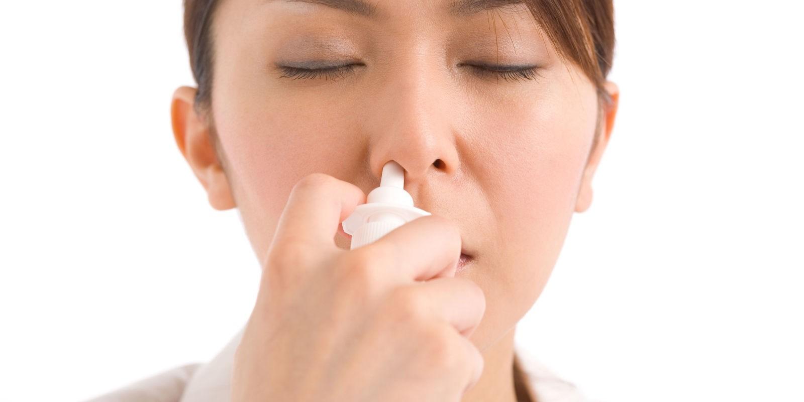 trị viêm xoang sàng sau bằng nước muối sinh lý