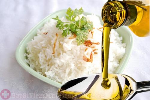 Thêm dầu dừa vào trong chế độ ăn trị viêm xoang