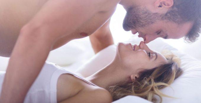 đàn ông thích hôn Ngực