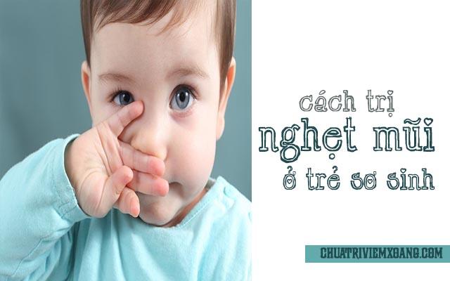 Massage khám nghẹt mũi cho trẻ