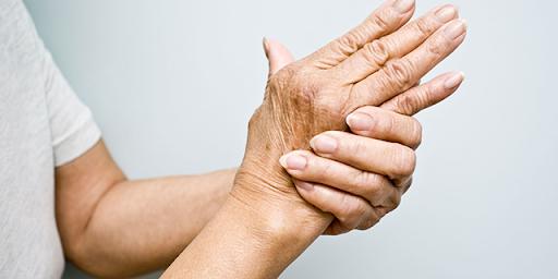 Thiếu vitamin gây nên đau nhức xương khớp