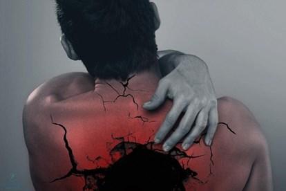 Cách chữa trị đau lưng trên và khó thở