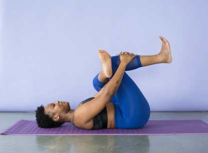 Căng lưng dưới trị đau lưng