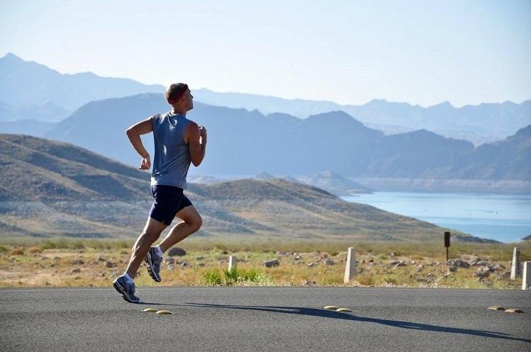 Những môn thể thao tốt cho người mắc đau lưng