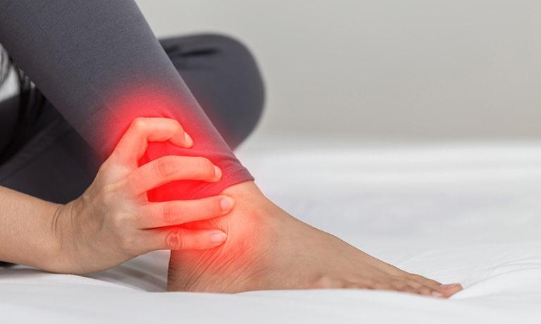 Các giai đoạn của bệnh viêm khớp cổ chân