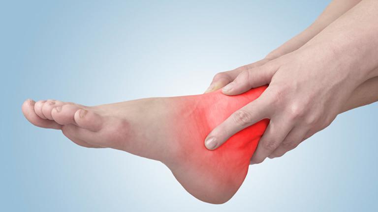 Nguyên nhân dẫn đến bệnh viêm khớp cổ chân