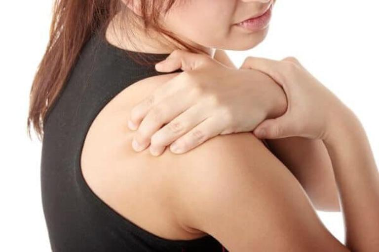 Các kỹ thuật điều trị viêm quanh khớp vai