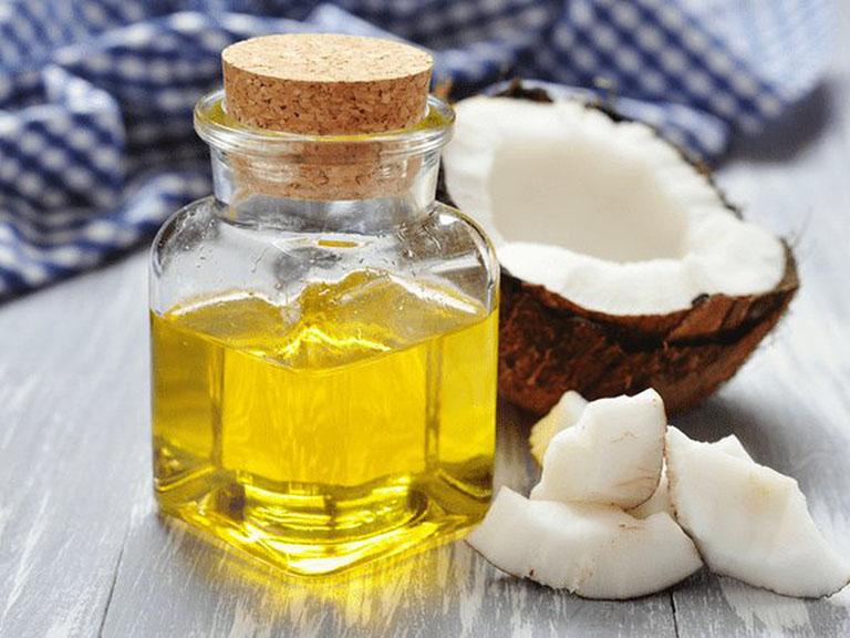 Chữa trị viêm da cơ địa bằng dầu dừa