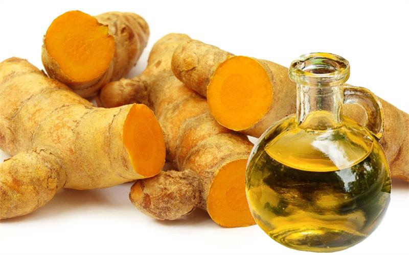 trị viêm da cơ địa bằng hỗn hợp dầu mù u và dầu nghệ