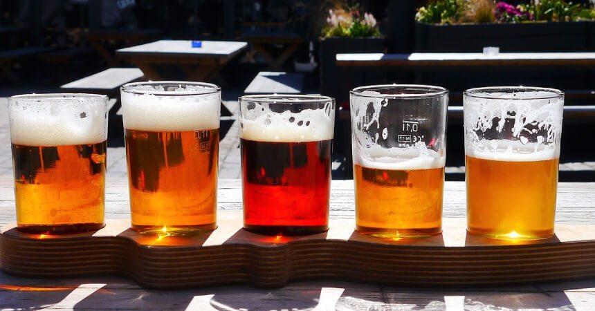 Dùng bia trị gàu có thật sự hiệu quả không?