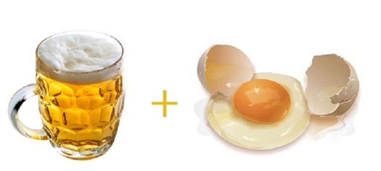 Bia và lòng trắng trứng gà giúp đánh bay gàu