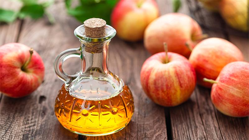 trị gàu bằng baking soda và giấm táo