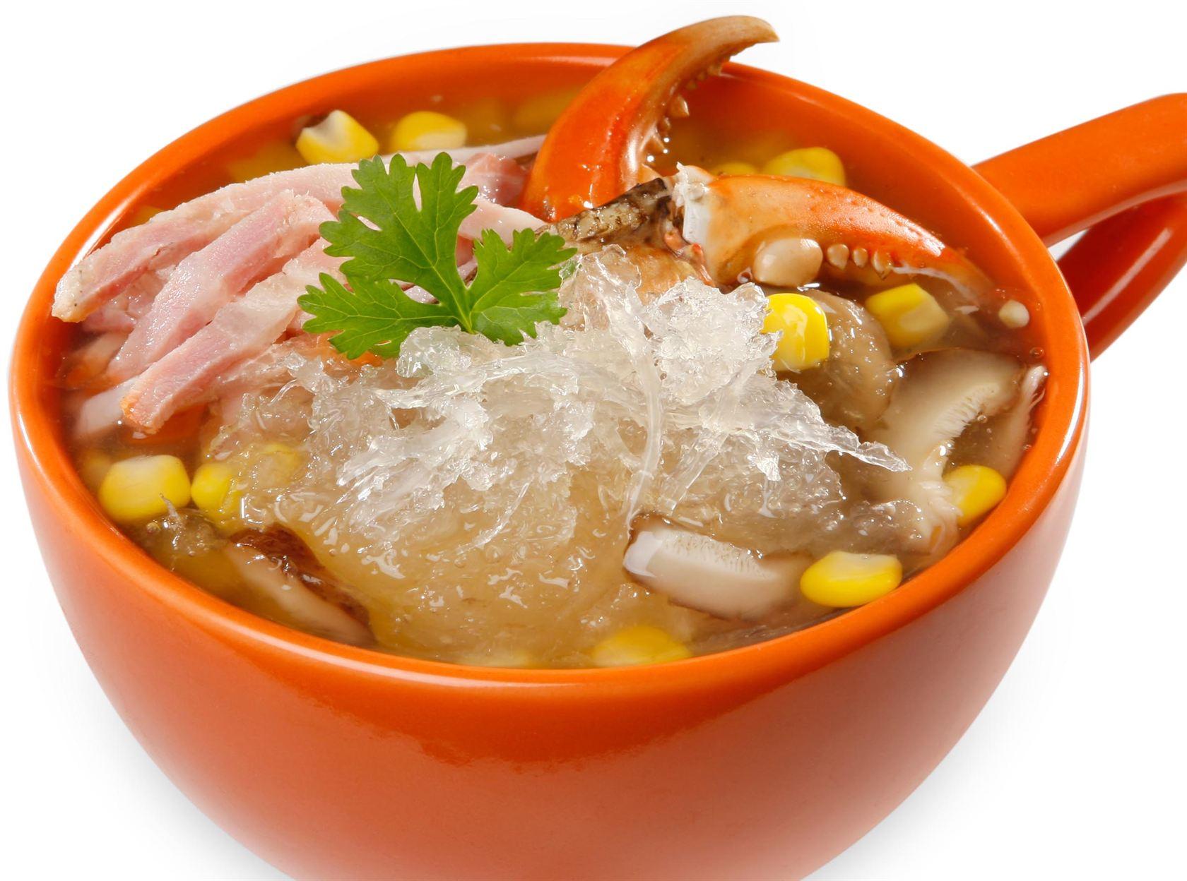 Món súp tổ yến, thịt cua cũng như bí đỏ