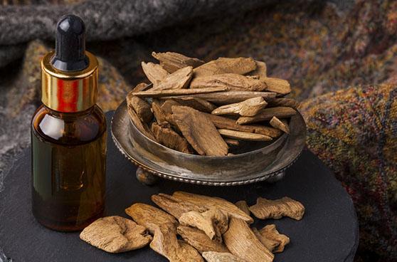 Tinh dầu trầm hương giá bao nhiêu