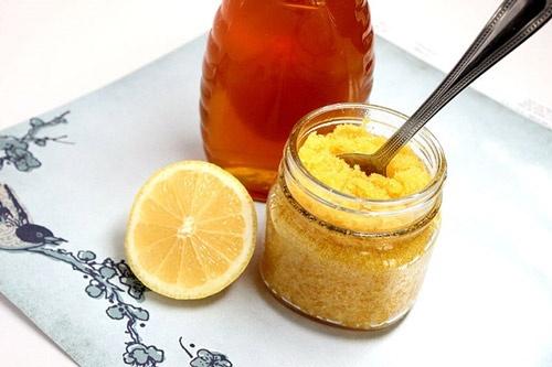 Kết hợp mật ong + chanh + đường tẩy lông chân