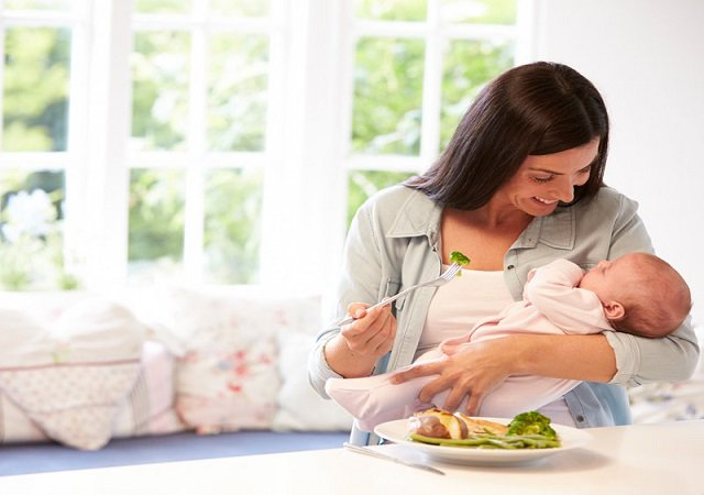 Bà bầu sau sinh nên ăn gì