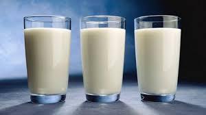 Sữa lạnh trị thâm quầng mắt
