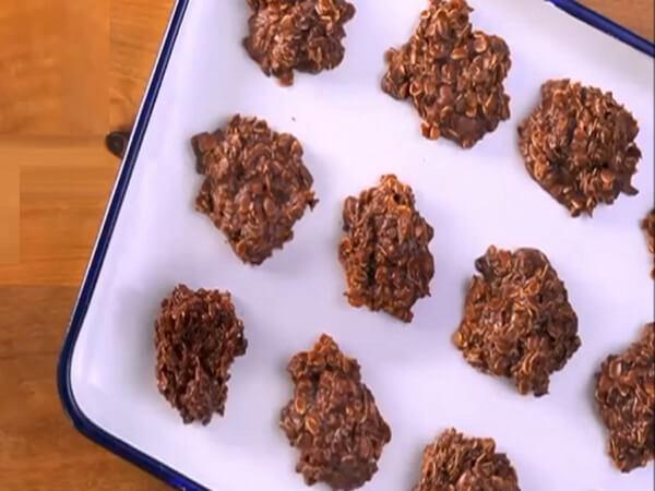 Trộn cacao với yến mạch