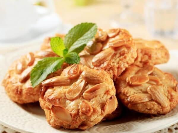 Nướng bánh hạnh nhân cookie