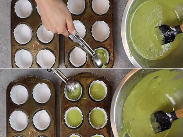 Đổ khuôn và nướng bánh muffin trà xanh