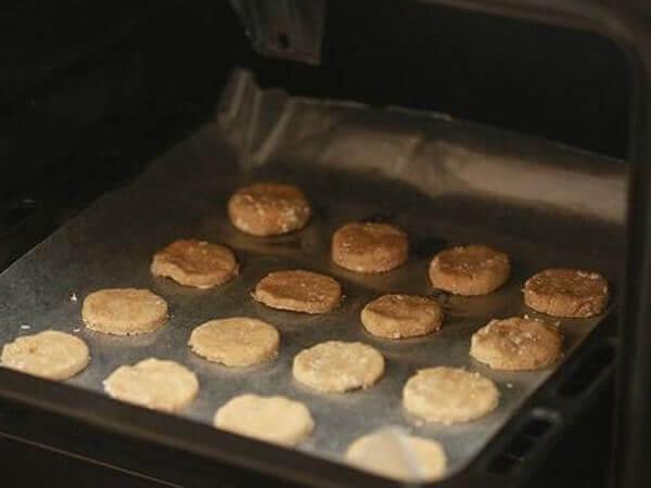Nướng bánh giảm cân yến mạch