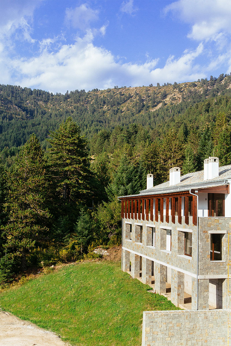 Grand Forest Metsovo exterior
