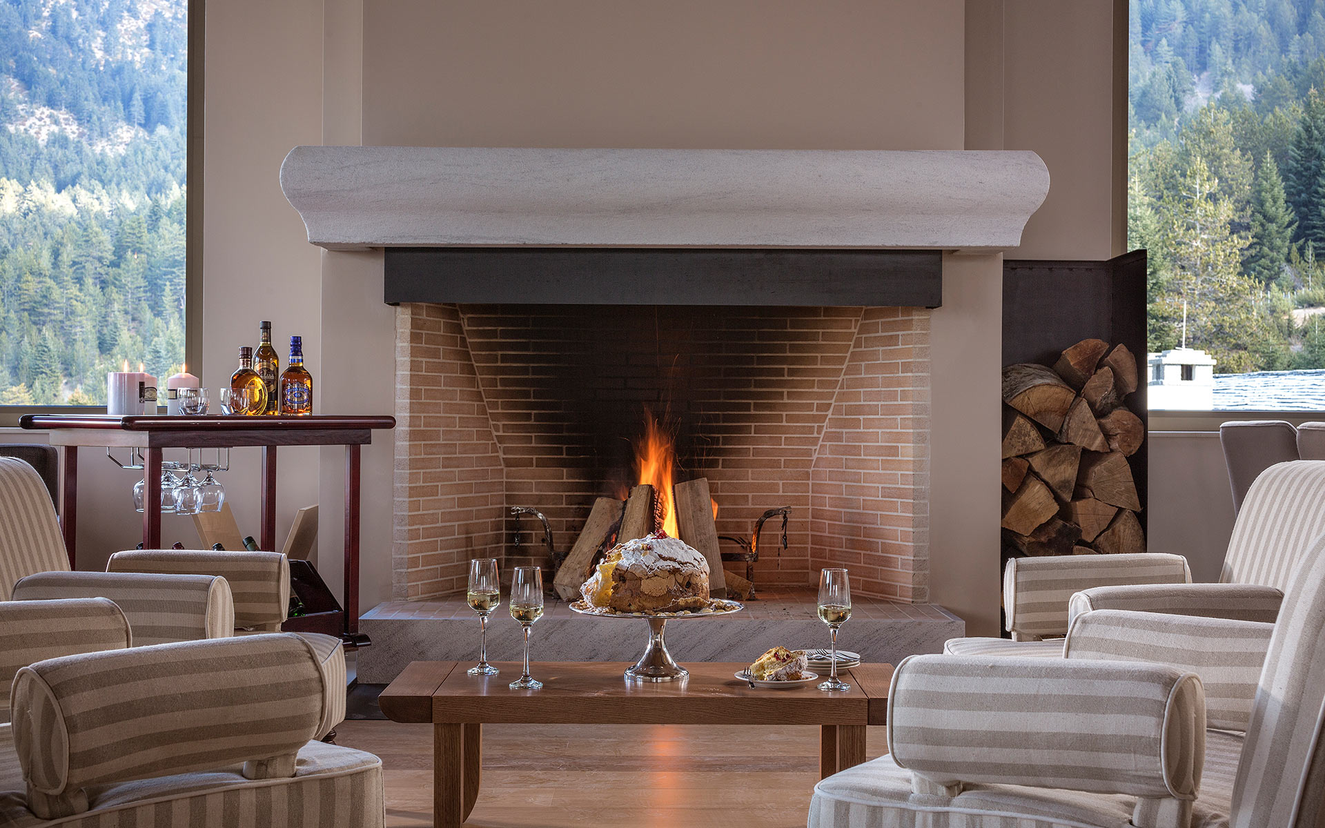 Grand Forest Metsovo fireplace