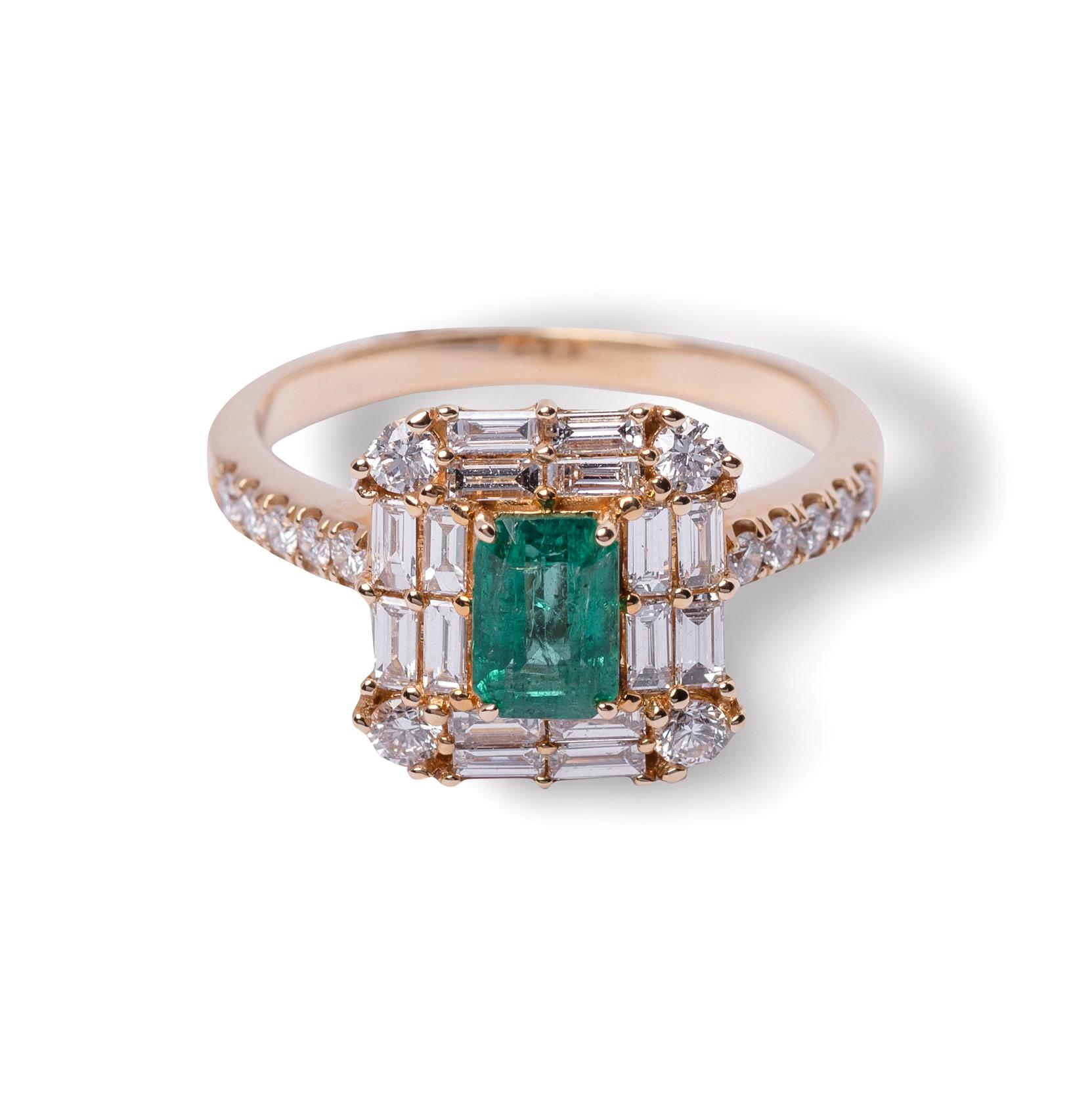 Δαχτυλίδι κίτρινο χρυσό Κ18 με σμαράγδι και διαμάντια